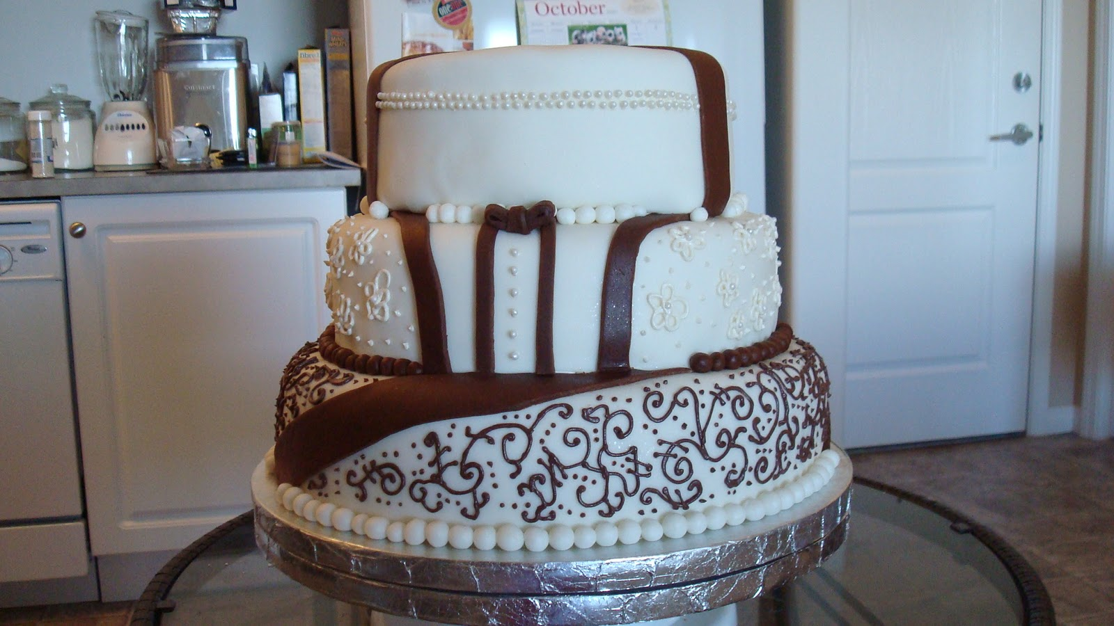 brown and white wedding cake wedding cakes and fabulously delicious creations brown 12189