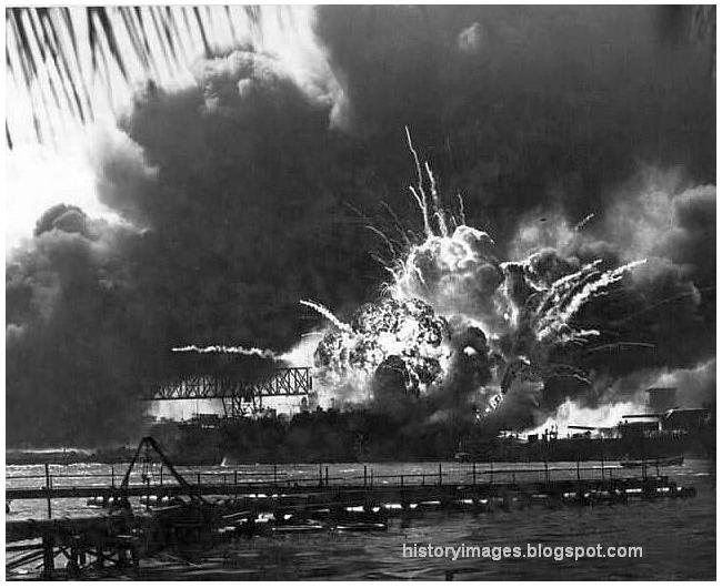 Chapter 10: The Coming of War | MrHalula.com |World War 2 Bombing Of Pearl Harbor