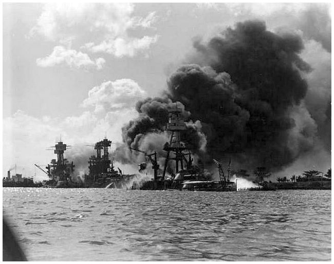 FDR and George W. Bush: Leadership Under Times of Attack ... |World War 2 Bombing Of Pearl Harbor