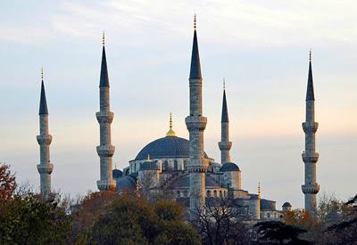 The Blue Mosque/Sultanahmet Camii
