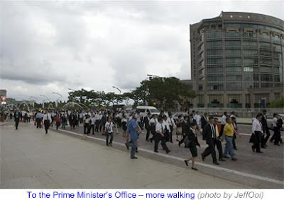 1000 Lawyers March to Save Judiciary 11