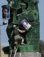 Sadr replaces Saddam
