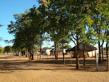 Maitengwe Village: Front Gate View
