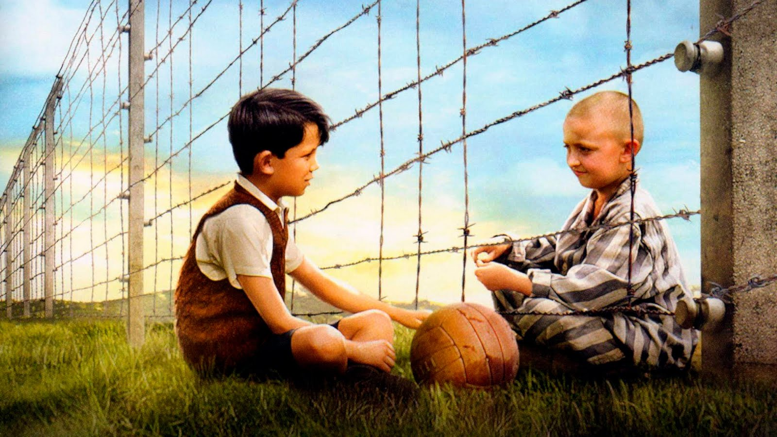 historicalfictionbookreviews4 the boy in the striped pajamas tom k bruno and shamuel at the fence