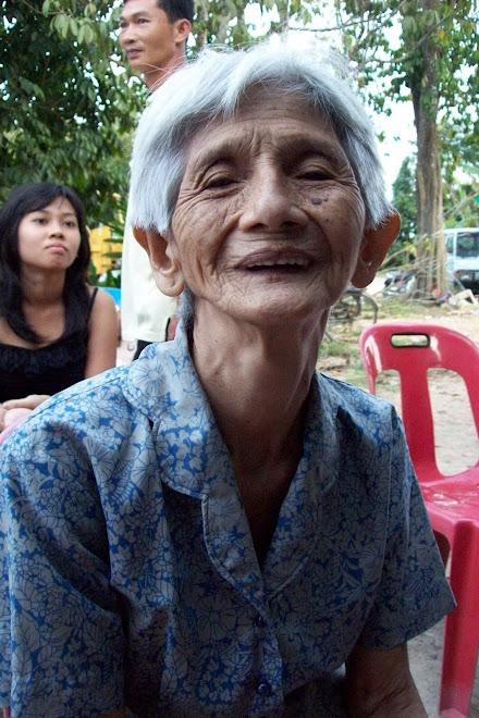 Nenek Ang Mek Chay dari Kg Aur Duri, Salor