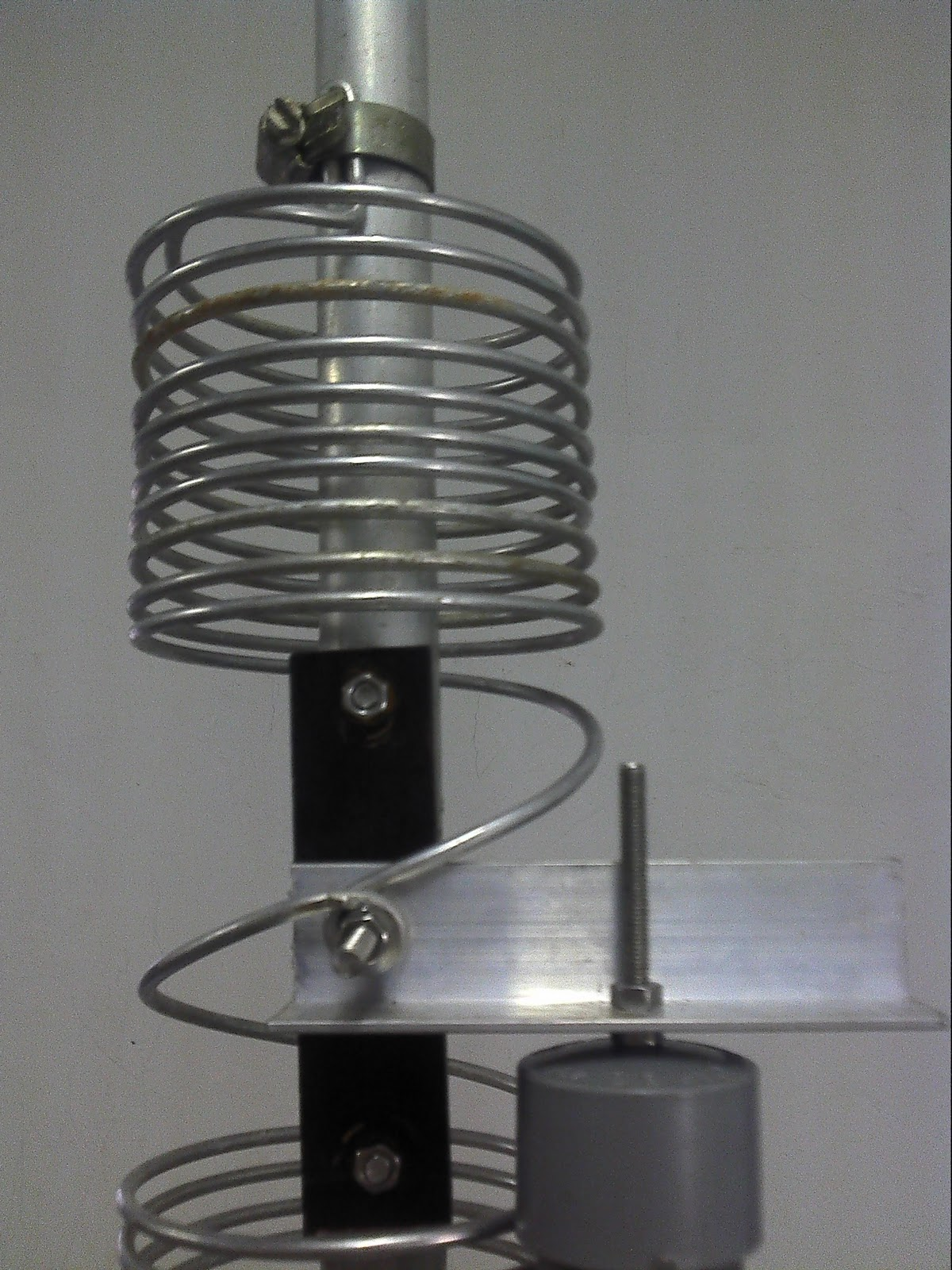 DalBeam Antenna by 9W2DAL: DV4080 HF VERTICAL 40M/80M DUAL BAND