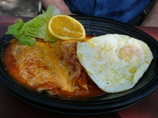 Chicken enchilada with eggs