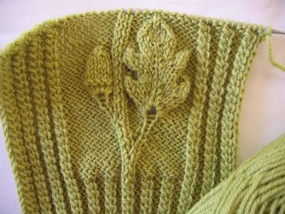Acorn Leaf Knitting Pattern : Knitting Elegance KAL: New Style of Heirloom Knitting