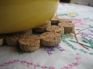 reuse wine cork trivet tutorial