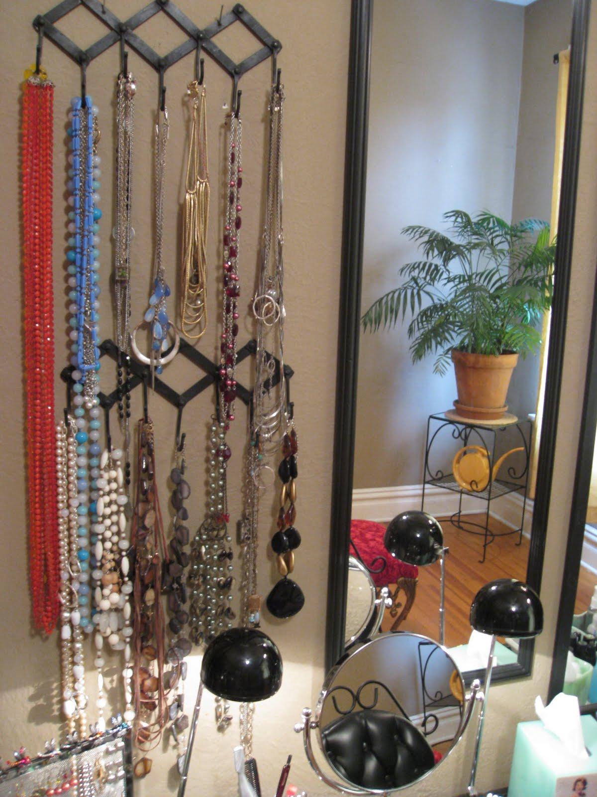 Squeaky Chic Jewelry Organization Ideas