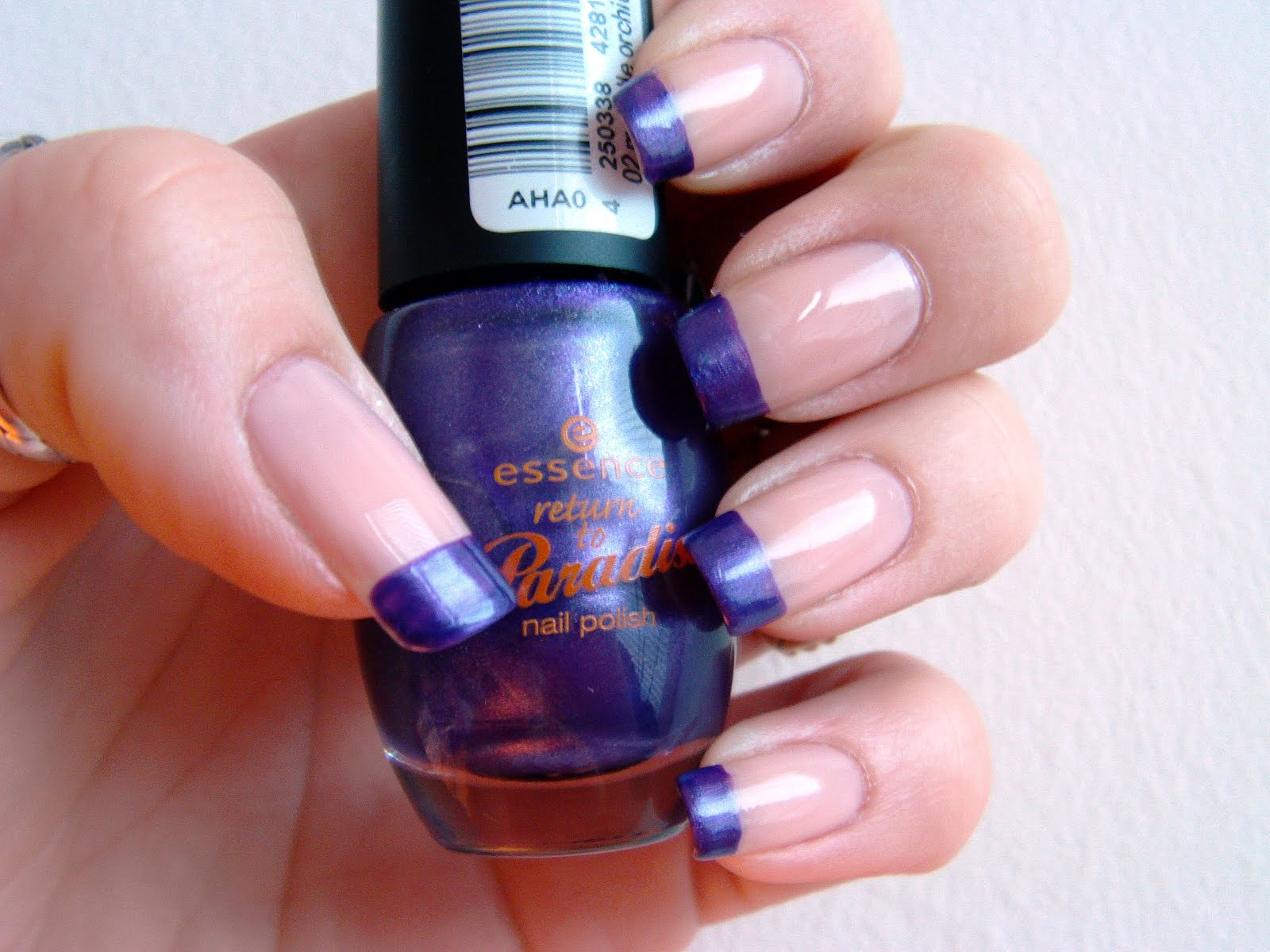 All about nails: Purple swirly french tip design