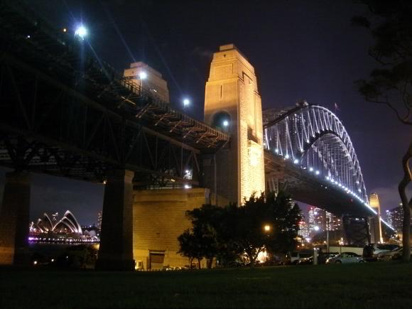 Puente de Sydney y edificio de la Opera