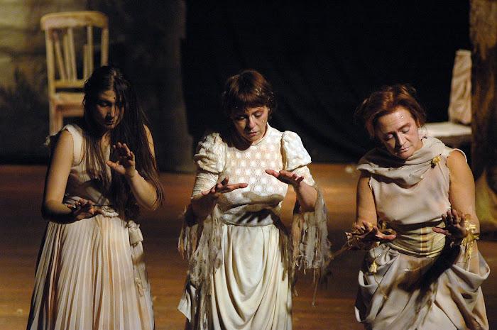 Yerutí García Arocena, María Rosa Mognaschi y Cristina Prates