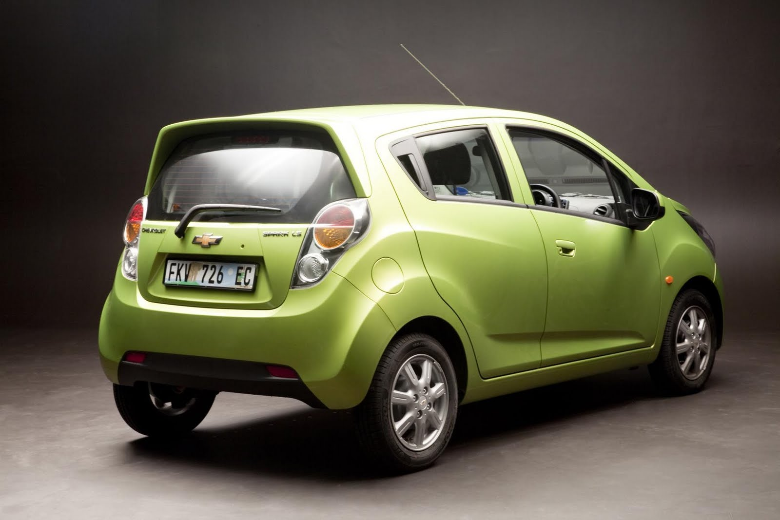 IN4RIDE: NEW CHEVROLET SPARK BREAKS OUT