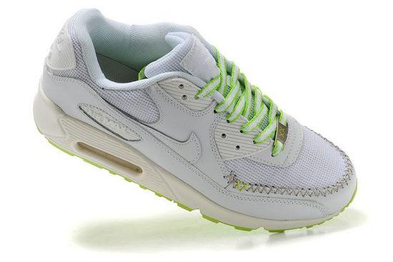 finest selection 8bd12 e2361 Nike Air Max Chaussures est une chaussure par la société qui a été  introduit en 1987 comme le premier exemple avec la technologie Nike Air  visible.