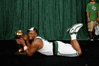 Glen Davis needs a bearskin rug and pearls