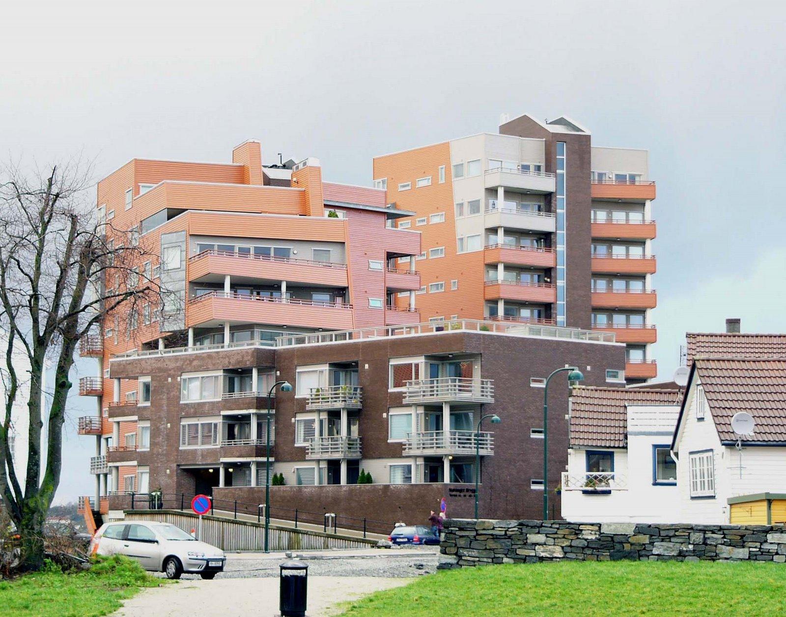 bg bg Brick+apartment2