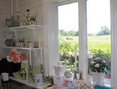 Utsikt från Countrystyles Gårdsbutik.