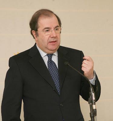 Herrera Campo, todavia presidente de Castilla y León contra pronóstico