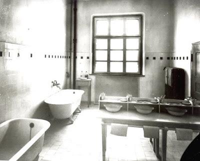 Erna Kronshage - Studien-\/Gedenkblog 11 - Provinzialheilanstalt - badezimmer 30er