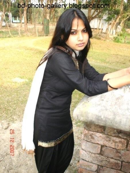 Bangladesh Media Zone Bd Sexy Versity Girl Badhon -8238
