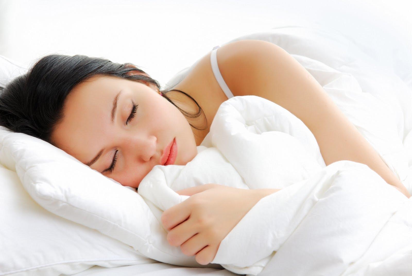 Celebrity Blog: girl sleeping