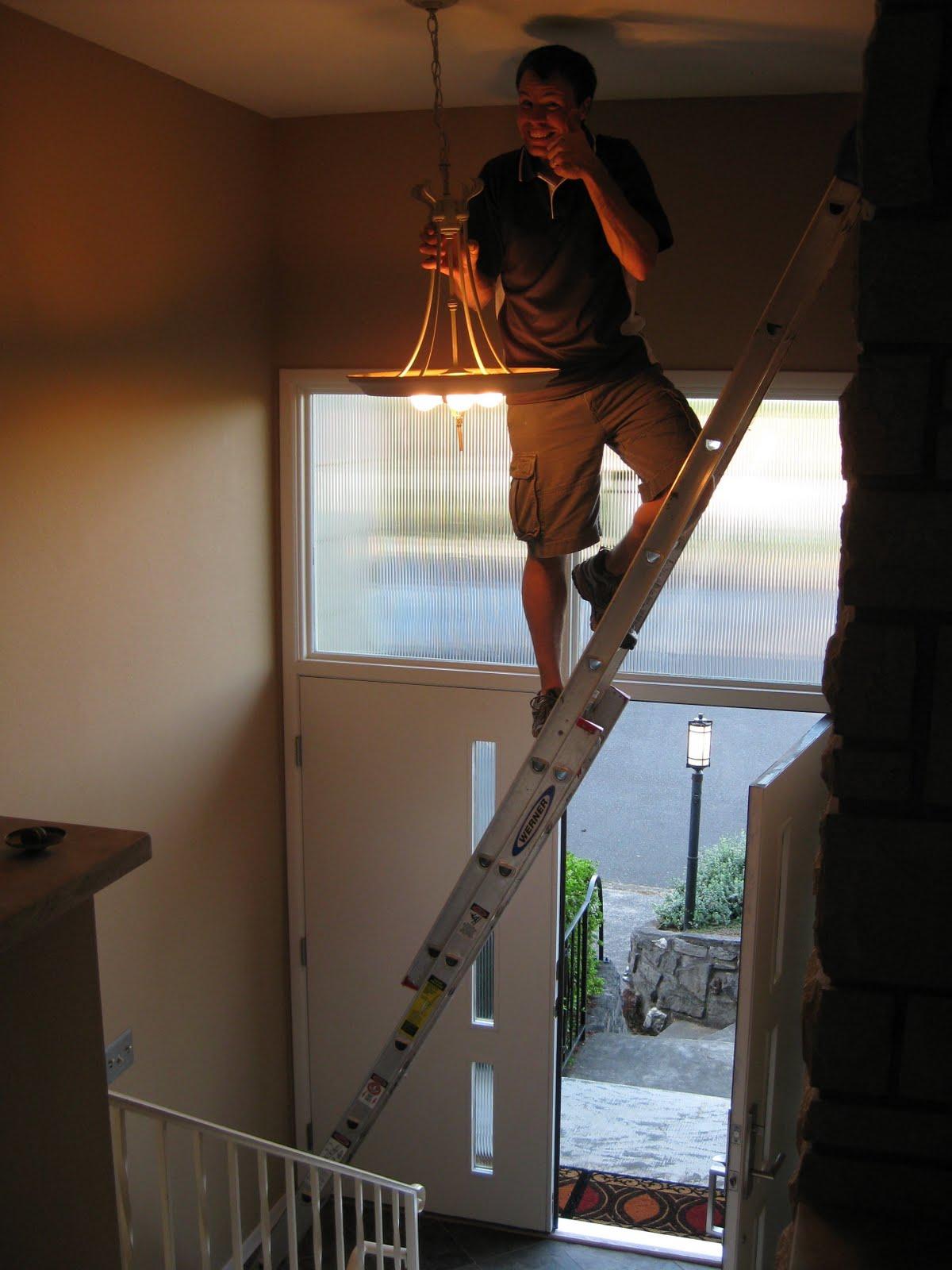Lighting Basement Washroom Stairs: Heethar's House