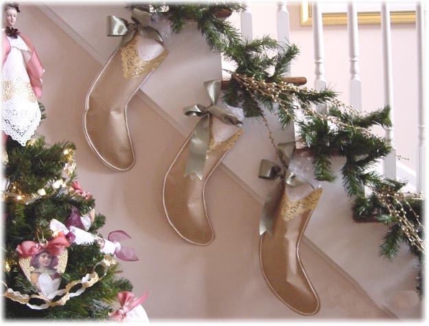 Free Christmas Desktop Wallpapers: Christmas Stockings