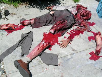 https://i1.wp.com/1.bp.blogspot.com/_N12sxdwLe-o/R5DdbgxkjhI/AAAAAAAAA5A/XFEE6woCg7g/s400/one+blood.jpg
