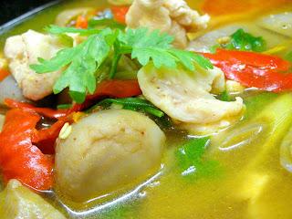 Thai Cuisine Tom Sap Kai