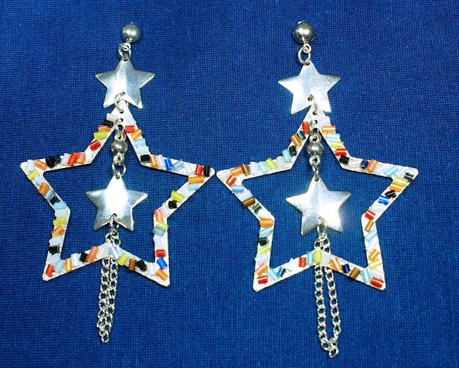 Brinco de estrela com colagens