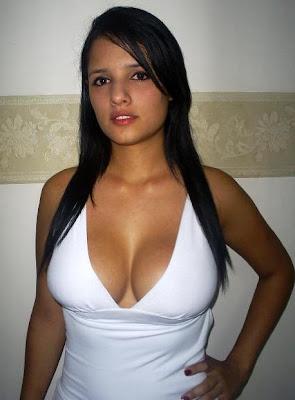 Claudia de guatemala bien cogida por un toro - 2 part 4