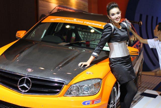Mercedes-Benz Raih Gelar Mobil Mewah Nomor Satu