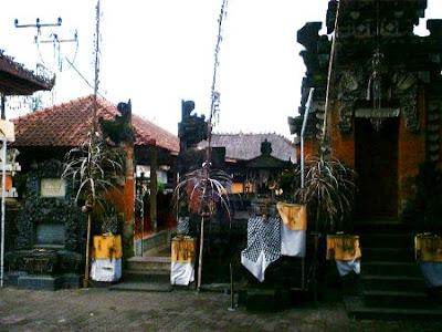 Pura Puseh Desa Adat Peminge  5465affc98