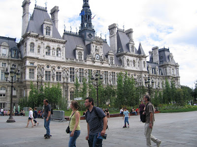 paris city pictures. This is the Paris city hall,
