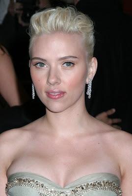 Scarlett Johansson Long Layered Hairstyles
