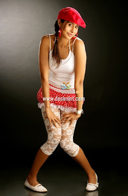 Hot Sexy Aadin Pics Gallery : Masala Sexy Images of South Actress Aadin