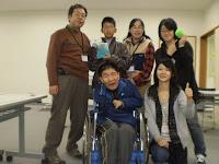 小学生と車イスユーザー含む6人