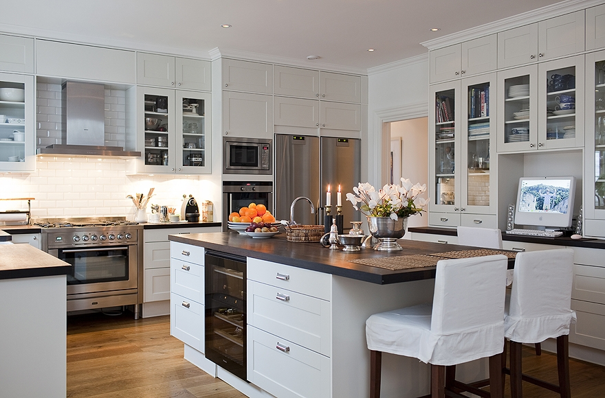 New england style kitchen for New york style kitchen design