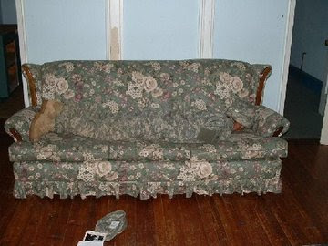 camo couch The Ultimate Guys Tool! I just had to post this one..All you need is this couch, and some camouflage to match