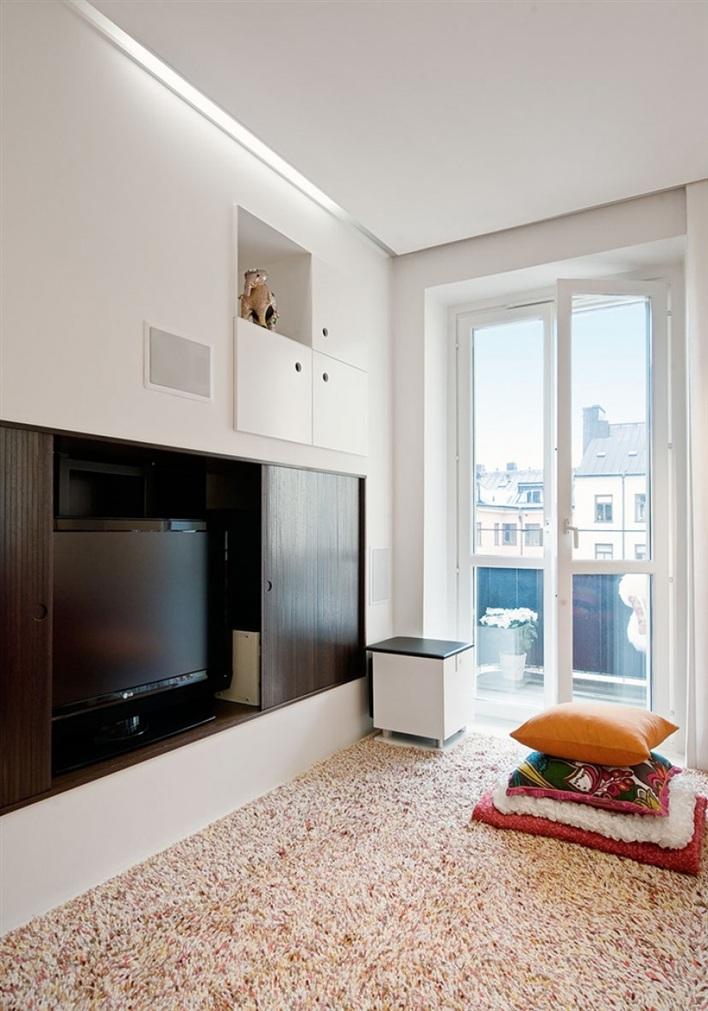 Lille lykke drie in een kamer in appartement - Scheiden een kamer door een gordijn ...