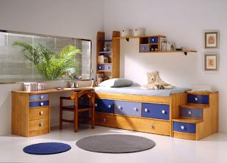 habitacion con cama compacto con escalera de cajones