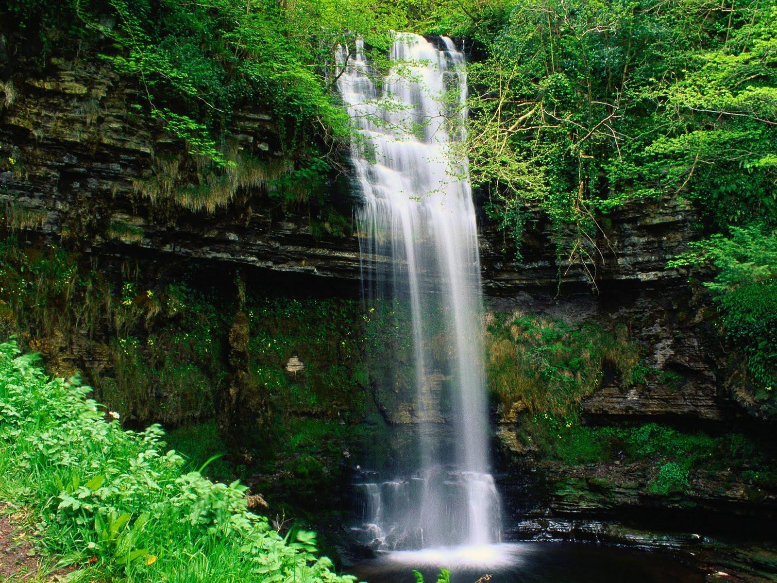 free waterfall wallpapers - photo #9