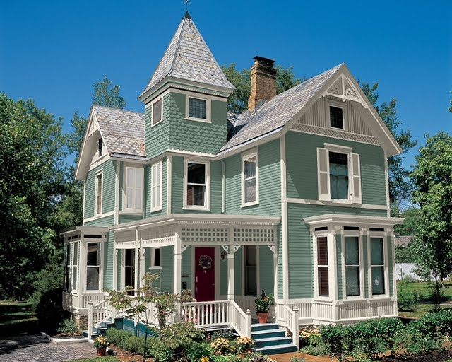 Daily knick knacks painted lady - White house green trim ...