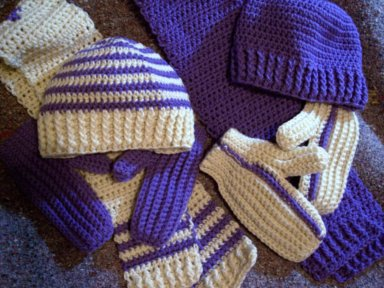 crocheted hats, mittens & scarves for charity