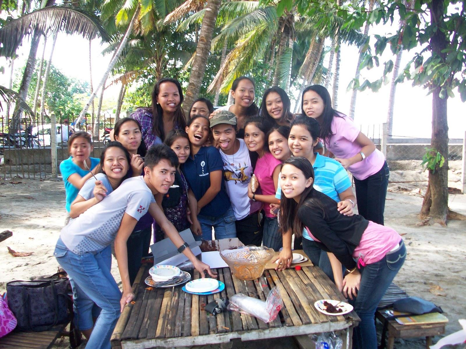 echUssera: having fun with friends