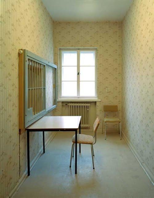 en un combat douteux d stabiliser la personnalit des dissidents les zersetzungsmassnahmen. Black Bedroom Furniture Sets. Home Design Ideas