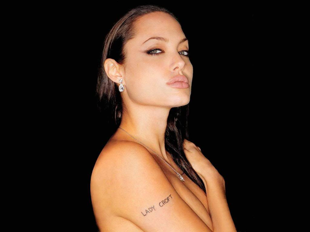 Top Arts Area: Hot Angelina Jolie Tattoos