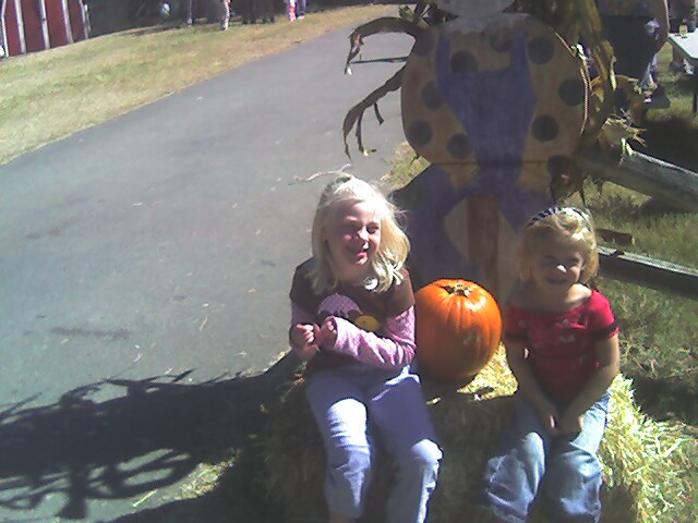 [hope+ava+pumpkinpatch07]