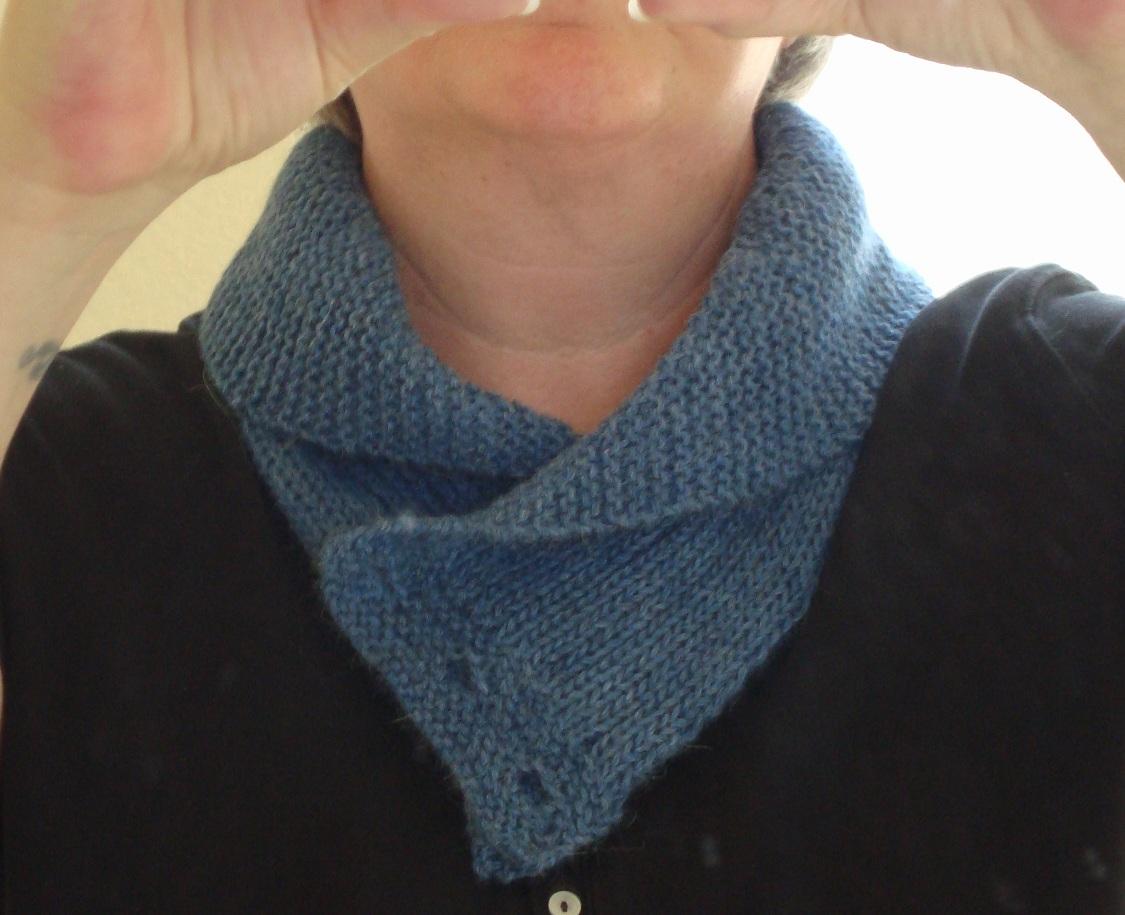 Seduced by yarn: Finished cowl & Hagrid socks